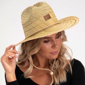 Roxy 'Pretty Smiles' Straw Hat